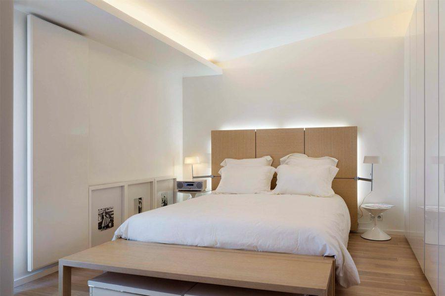 minimalist bedroom cove lighting